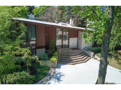 Bloomfield Hills Single Family Home For Sale: 1125 Eton Cross Road