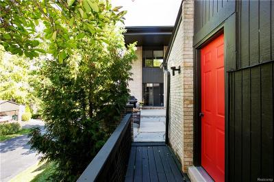 West Bloomfield Condo/Townhouse For Sale: 4154 Wabeek Lake, Building #4, Unit #10 Drive S