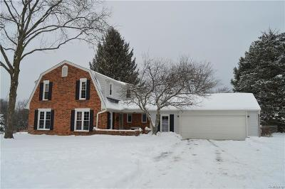 Milford Twp Single Family Home For Sale: 267 Milford Meadows Drive
