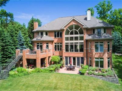 Bloomfield Twp Single Family Home For Sale: 4359 Oak Grove Drive