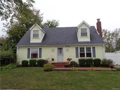 Woodhaven Single Family Home For Sale: 25286 Castlewood Drive