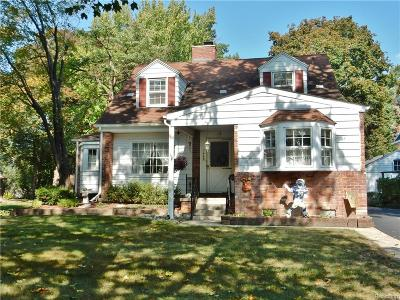 Plymouth Single Family Home For Sale: 1468 Sheridan Street