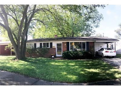 Shelby Twp, Utica, Sterling Heights Single Family Home For Sale: 43105 Penny Drive