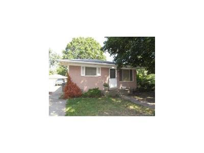 Taylor Single Family Home For Sale: 8327 Syracuse Street