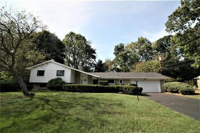 Bloomfield Twp Single Family Home For Sale: 7480 Cathedral Drive