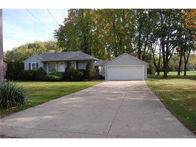 Livonia Single Family Home For Sale: 19988 Mayfield Street
