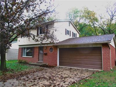 Salem, Salem Twp, Plymouth, Plymouth Twp Single Family Home For Sale: 9048 Tavistock Court