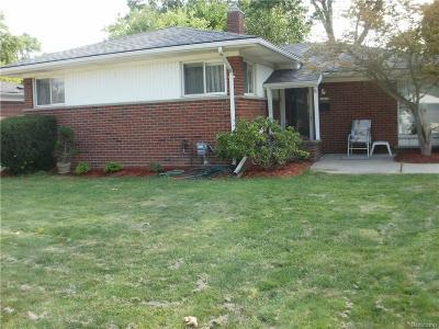 Livonia Single Family Home For Sale: 14272 Arcola Street