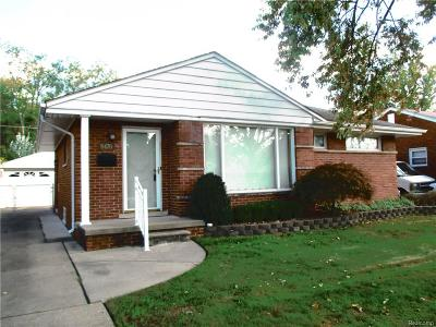Dearborn Heights Single Family Home For Sale: 8470 Winston Lane