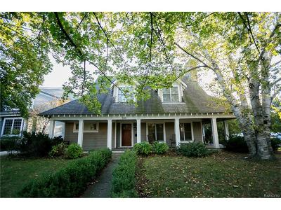 Birmingham Single Family Home For Sale: 585 Golf View Boulevard