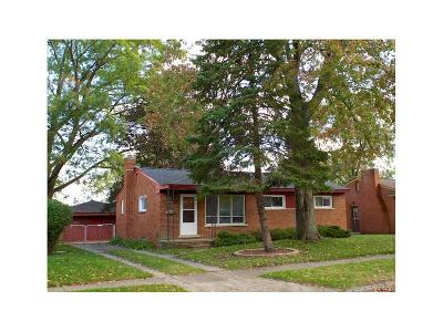 Livonia Single Family Home For Sale: 9350 Montana Street