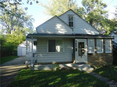 Hazel Park Single Family Home For Sale: 345 E Maxlow Avenue