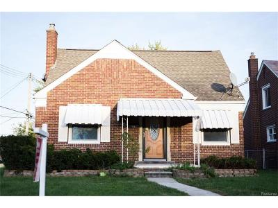 Dearborn Single Family Home For Sale: 2224 Kingsbury Avenue