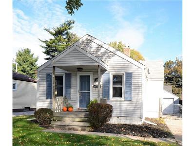 Clawson Single Family Home For Sale: 361 Walper Avenue