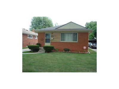 Dearborn Heights Single Family Home For Sale: 8282 Nightingale