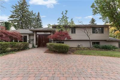 Bloomfield Twp Single Family Home For Sale: 1906 Long Lake Shore