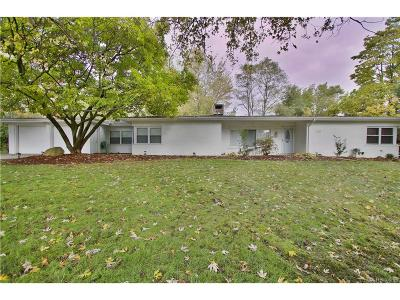 Bloomfield Twp Single Family Home For Sale: 219 Barrington Road