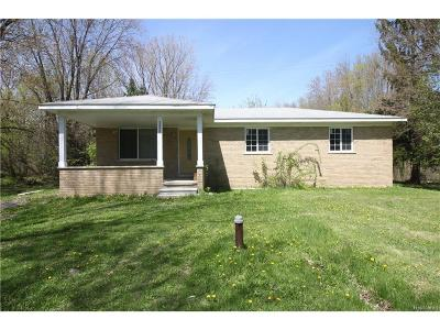 MACOMB Single Family Home For Sale: 24525 24 Mile Road