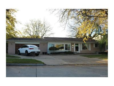 Dearborn Single Family Home For Sale: 2059 N Evangeline Street