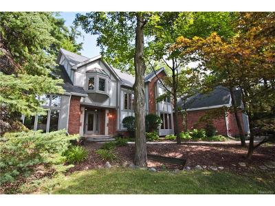 Orchard Lake Single Family Home For Sale: 4495 Hidden Valley Drive Drive