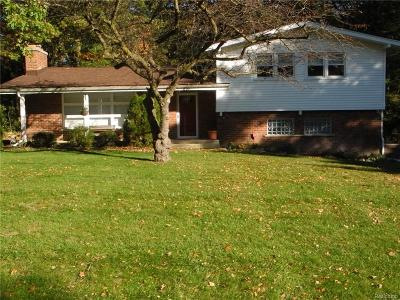 Rochester Single Family Home For Sale: 251 Randolph Road