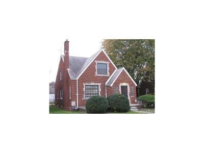 Detroit Single Family Home For Sale: 8346 Sirron Street