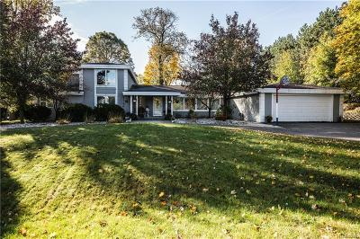 Bloomfield Twp Single Family Home For Sale: 3475 Devon Brook Drive