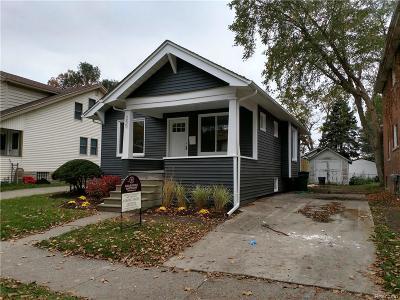 Ferndale Single Family Home For Sale: 250 E Marshall Street