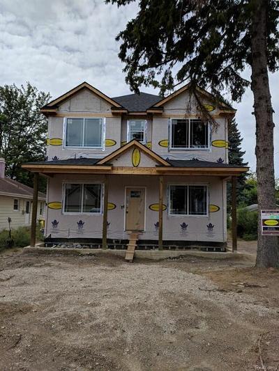 Rochester Hills, Rochester Single Family Home For Sale: 833 Miller Street