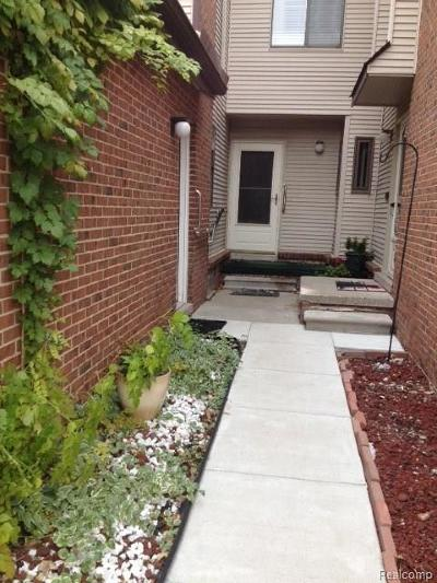 West Bloomfield, West Bloomfield Twp Condo/Townhouse For Sale: 6620 Ridgefield Circle