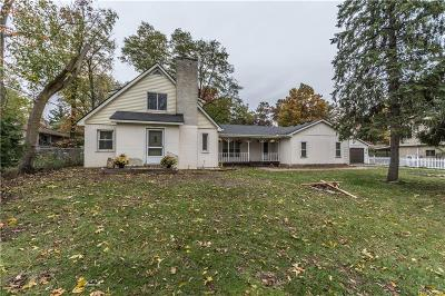 Wixom Single Family Home For Sale: 2192 Fairfield