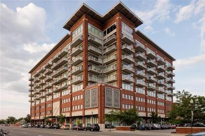 Royal Oak Condo/Townhouse For Sale: 350 N Main Street #813