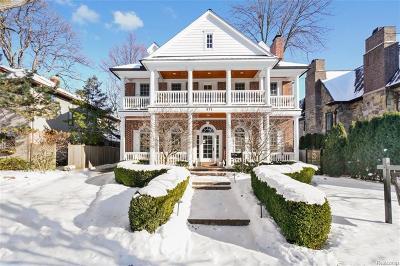 Birmingham Single Family Home For Sale: 675 Pierce Street