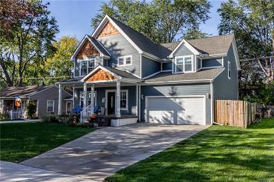 Royal Oak Single Family Home For Sale: 4703 Hampton Boulevard