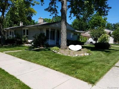 Clawson Single Family Home For Sale: 424 S Bywood Avenue