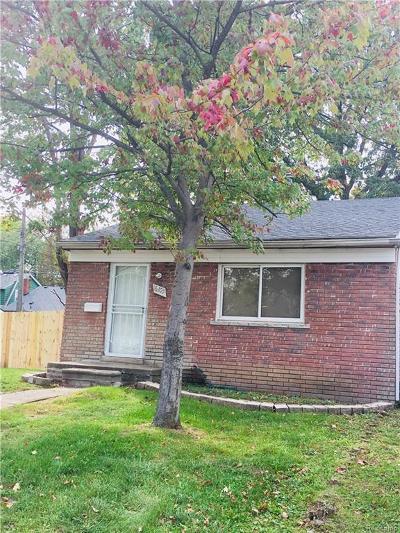 Detroit Single Family Home For Sale: 16105 Asbury Park