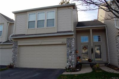 Woodhaven Condo/Townhouse For Sale: 26764 Kirkway Circle