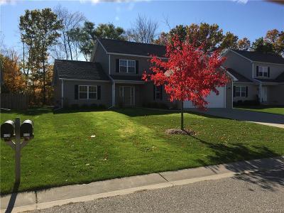 Commerce, Commerce Township, Commerce Twp Single Family Home For Sale: 1133 Tartan Lane