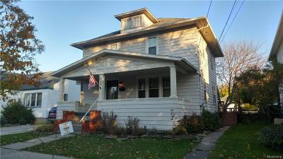 Monroe MI Single Family Home For Sale: $117,900