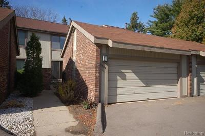 West Bloomfield, West Bloomfield Twp Condo/Townhouse For Sale: 7389 Radcliff