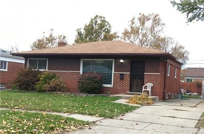 Madison Heights Single Family Home For Sale: 1255 Darlene Avenue