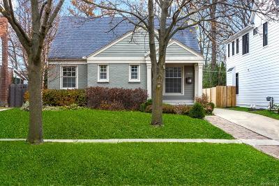 Birmingham MI Single Family Home For Sale: $558,000
