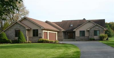 City Of The Vlg Of Clarkston, Clarkston, Independence, Independence Twp Single Family Home For Sale: 5855 Meadows Drive