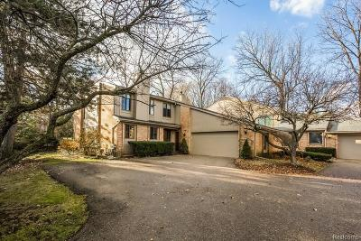 Bloomfield Hills Condo/Townhouse For Sale: 739 Arbor Court