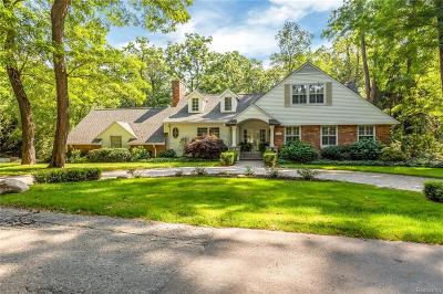 Bloomfield Twp Single Family Home For Sale: 4246 Sandy Lane