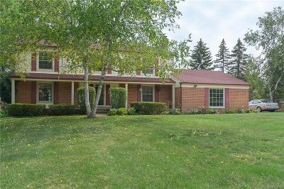 West Bloomfield Twp Single Family Home For Sale: 4293 Old Dominion Court