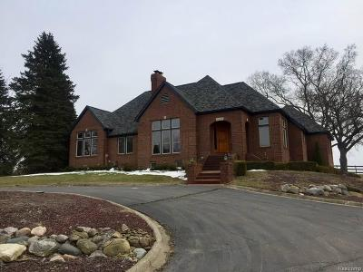 Milford Twp Single Family Home For Sale: 2685 Zenith Drive
