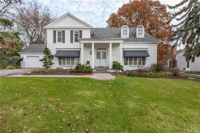 Bloomfield, Bloomfield Hills, Bloomfield Twp, West Bloomfield, West Bloomfield Twp Single Family Home For Sale: 4559 Pine Village Drive