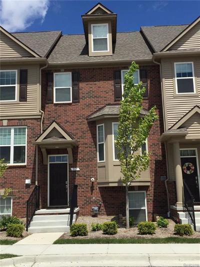Rochester Hills, Rochester Condo/Townhouse For Sale: 2864 Glenbar Circle