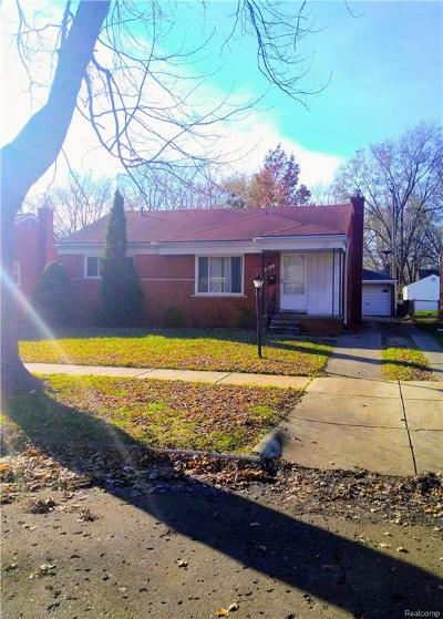 Redford Twp MI Single Family Home For Sale: $122,500